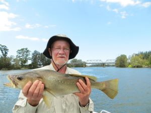 Keith with a nice Tuross River Jewfish
